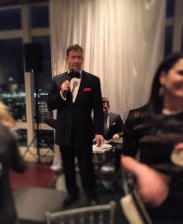 The swingin' pro crooner for your event in Las Vegas, Frank Lamphere